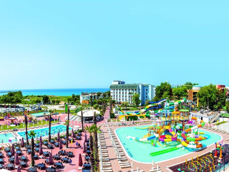 Club Aqua Plaza