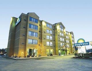 Days Inn by Wyndham Niagara Falls Lundys Lane