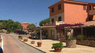 Baia De Bahas Apartments & Resort