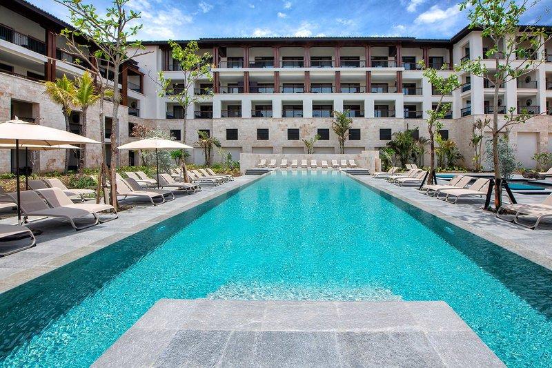 Adults Only Club at Lopesan Costa Bavaro Resort - 3 Popup navigation