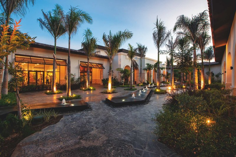 Adults Only Club at Lopesan Costa Bavaro Resort - 9 Popup navigation