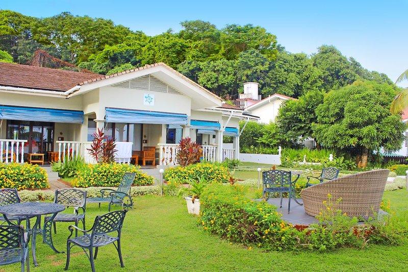 Le Relax Hotels & Restaurant Mahe 2