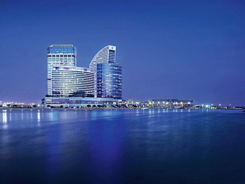 Crowne Plaza Dubai Festival City 1