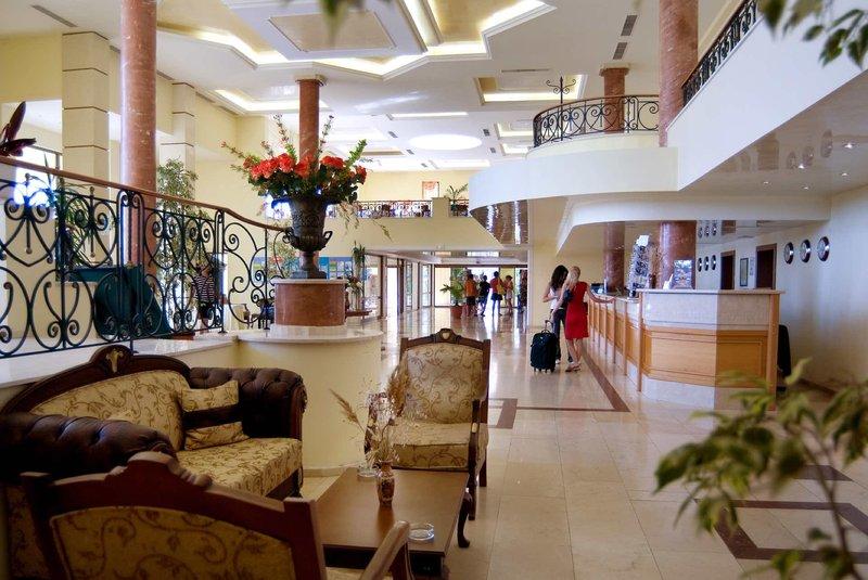 Duni Royal Resort - Belleville Hotel 7