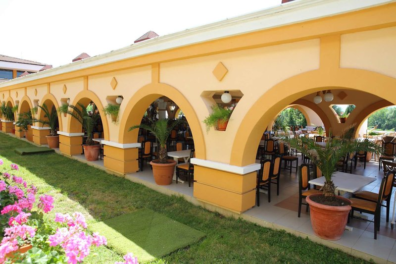 Duni Royal Resort - Belleville Hotel 8