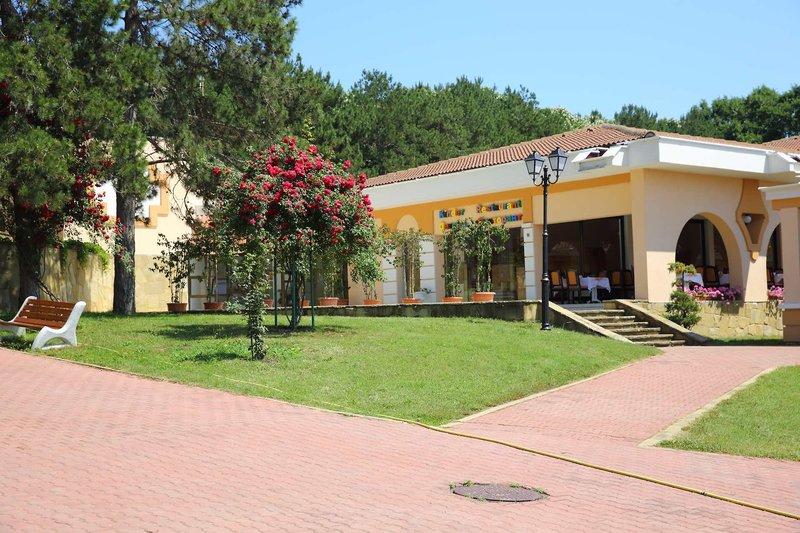 Duni Royal Resort - Belleville Hotel 10