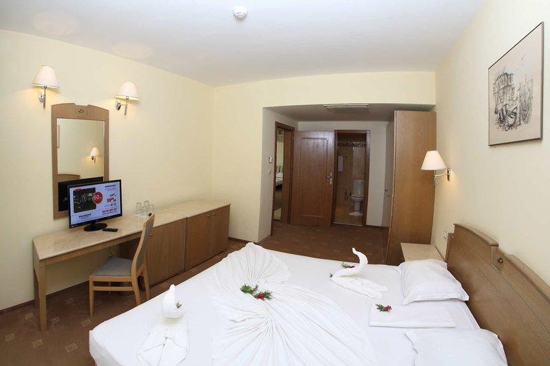 Duni Royal Resort - Belleville Hotel 18
