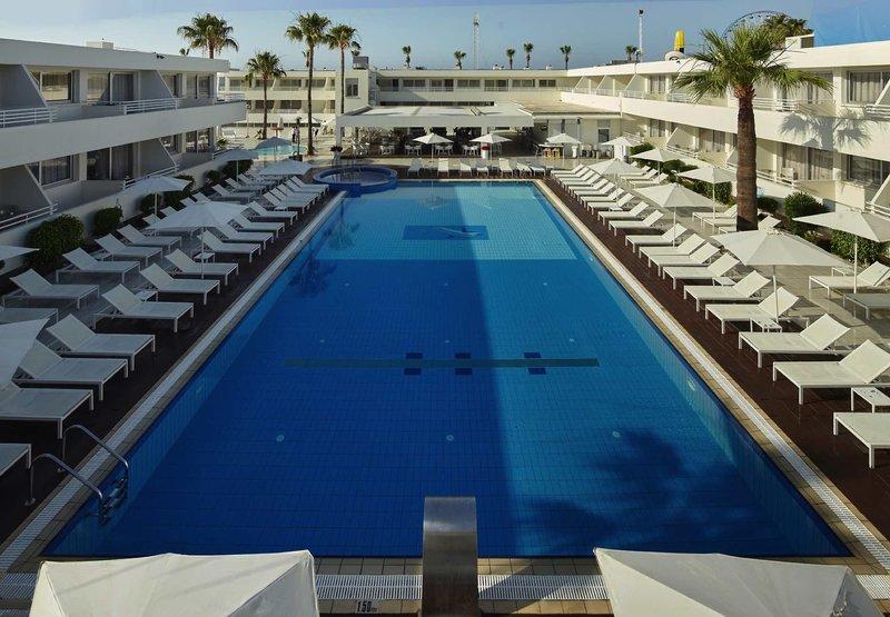 Melpo Antia Luxury Apartments & Suites 1
