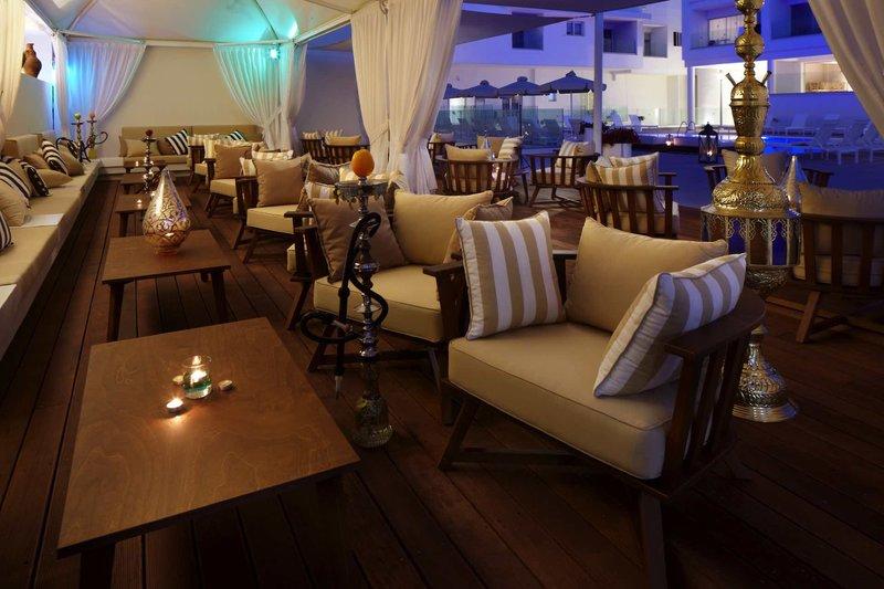Melpo Antia Luxury Apartments & Suites 4