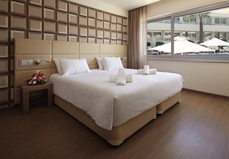 Melpo Antia Luxury Apartments & Suites 8