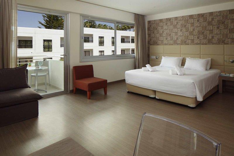 Melpo Antia Luxury Apartments & Suites 10