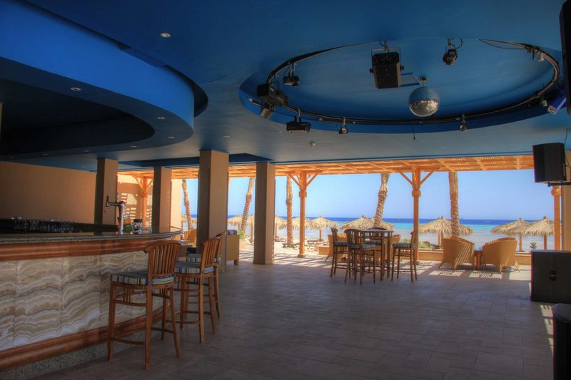 The Breakers Diving & Surfing Lodge 20